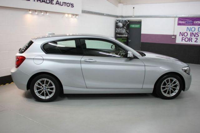 2013 BMW 1 Series 1.6 116D 3d image 2