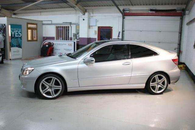 2008 Mercedes-Benz 2.5 CLC230 SPORT 3d image 3