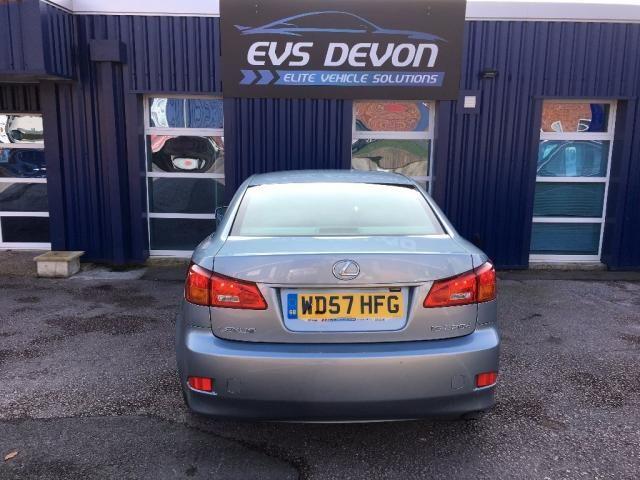 2007 Lexus IS 2.2 TD SE 4dr image 6