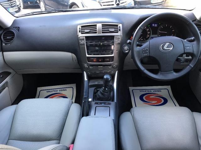 2007 Lexus IS 2.2 TD SE 4dr image 10