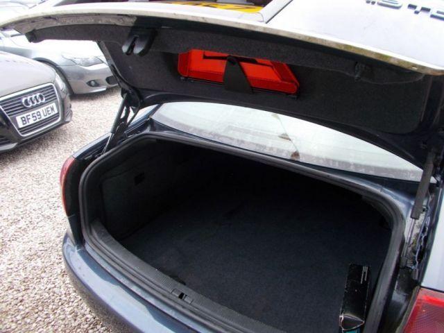 2002 Audi A6 1.9 TDI SE 4d image 6