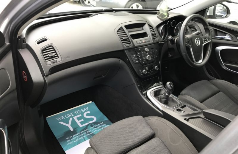 2009 Vauxhall Insignia 2.0 CDTi 16v SRi image 8