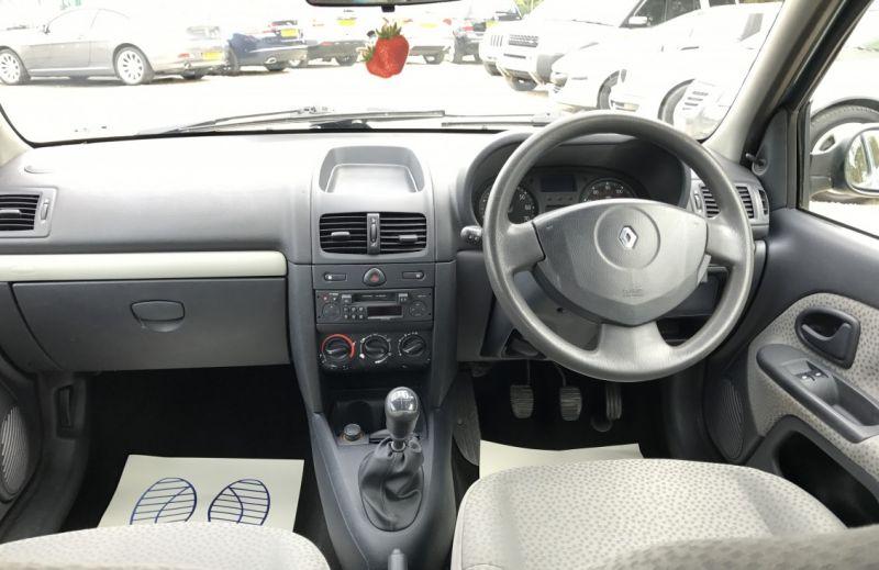 2005 Renault Clio 1.5 dCi image 7