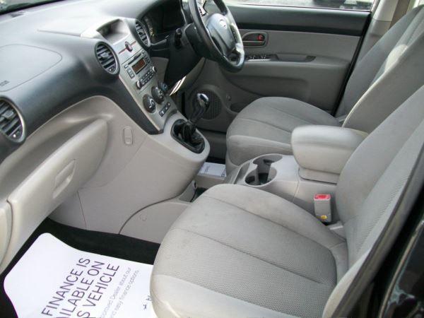 2009 Kia Carens 2.0 GS 5dr image 7