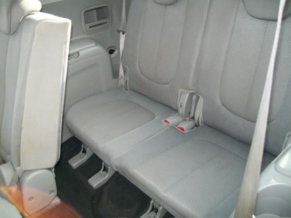 2009 Kia Carens 2.0 GS 5dr image 9