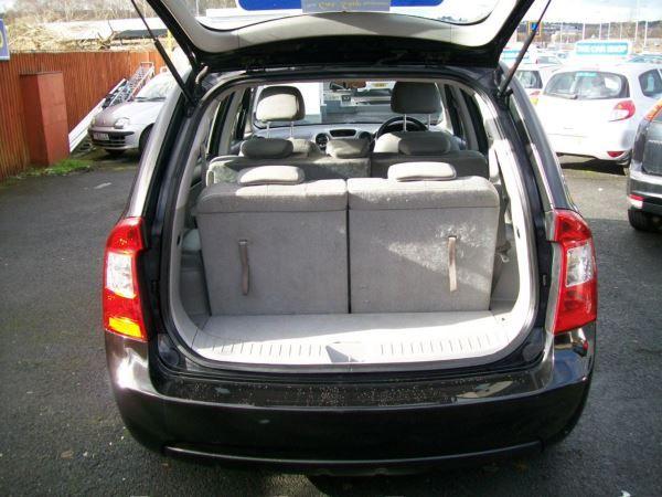 2009 Kia Carens 2.0 GS 5dr image 10