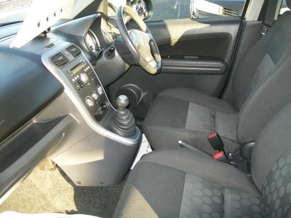 2011 Suzuki Splash 1.0 GLS 5dr image 7