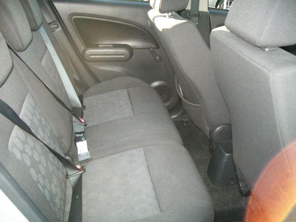 2011 Suzuki Splash 1.0 GLS 5dr image 8