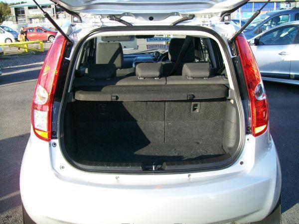 2011 Suzuki Splash 1.0 GLS 5dr image 9