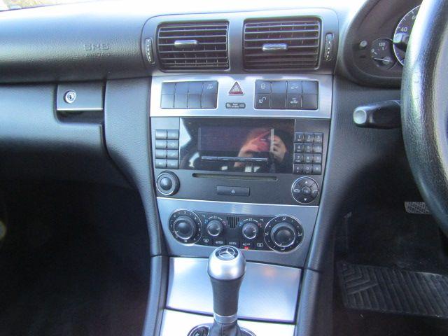 2005 Mercedes C180 Kompressor Se image 10