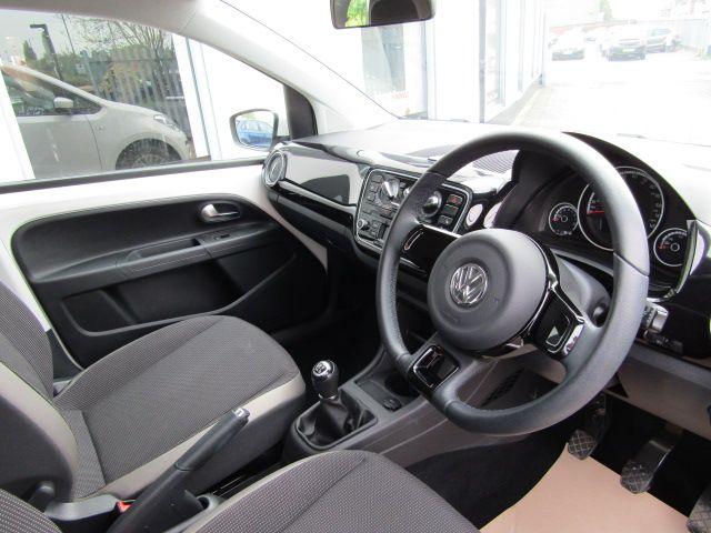 2014 Volkswagen High up! 1.0 image 9