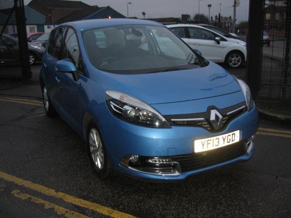 2013 Renault Scenic 1.5 dCi image 1