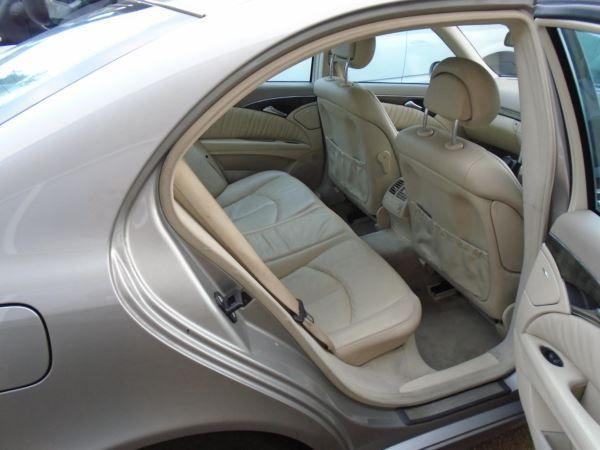 2005 Mercedes-Benz E320 CDI image 5
