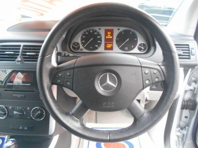 2007 Mercedes-Benz 2.0 CDI B180 SE 5d image 9