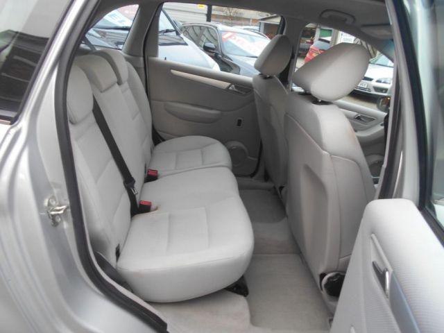 2007 Mercedes-Benz 2.0 CDI B180 SE 5d image 10