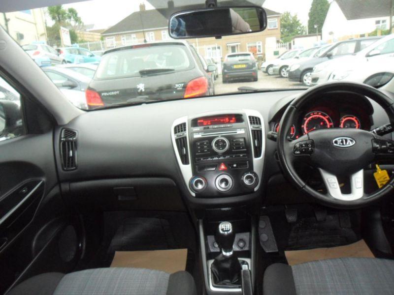 2011 Kia Ceed 1.6 Crdi 5dr image 7