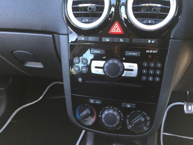 2014 Vauxhall/Opel Corsa 1.2i 16v image 5