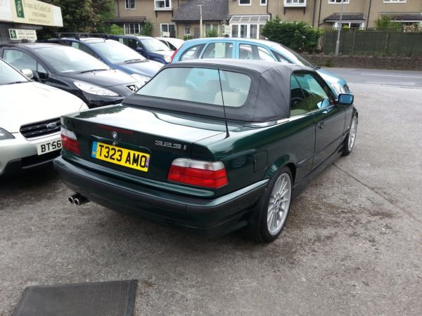 1999 BMW 3 Series 323i image 4