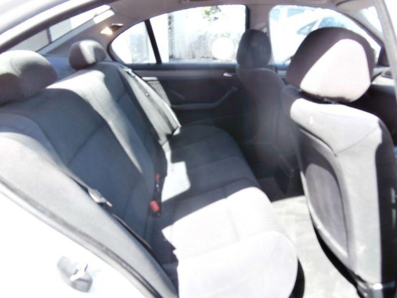 2001 BMW 1.9 316I SE 4dr image 5