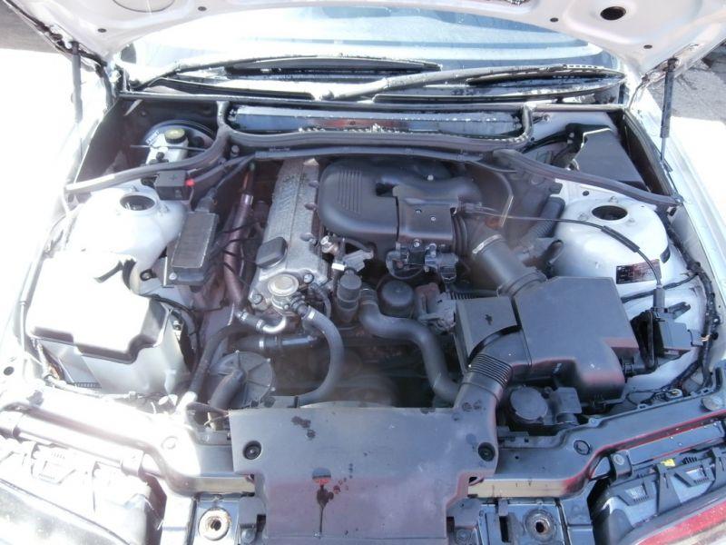 2001 BMW 1.9 316I SE 4dr image 9