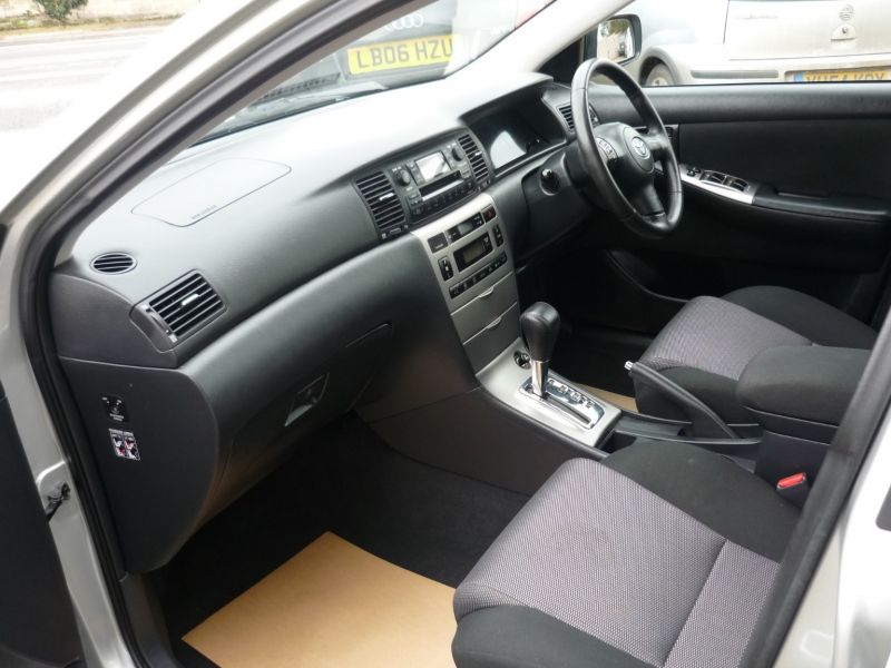 2006 Toyota Corolla 1.6 VVT-I 5dr image 6