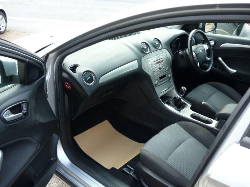 2007 Ford Mondeo 1.8 Zetec Tdci 5dr image 7
