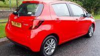 2015 Toyota Yaris ICON D-4D image 2