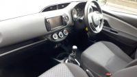 2015 Toyota Yaris ICON D-4D image 6
