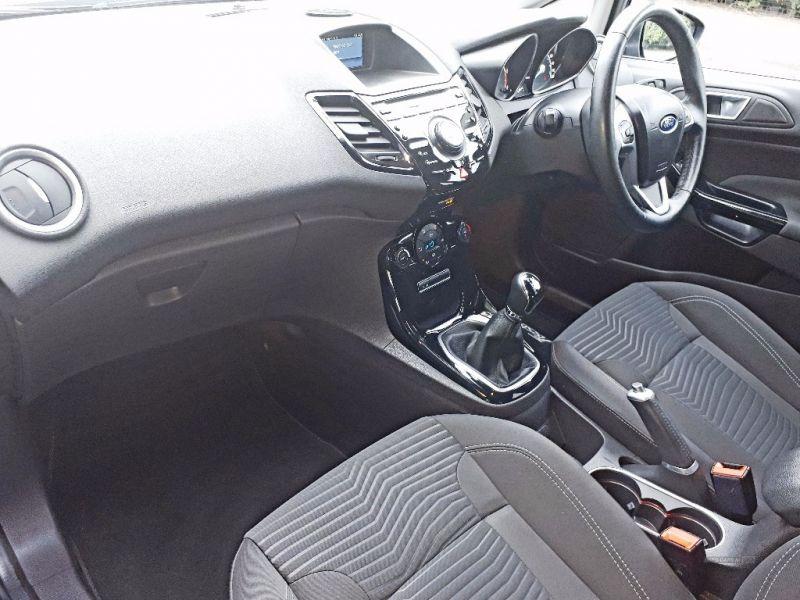 2014 Ford Fiesta 1.6 TDCI image 6