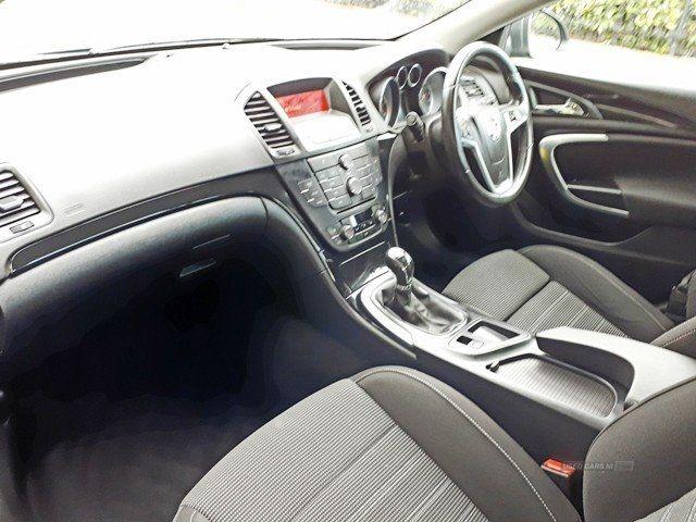 2012 Vauxhall Insignia 2.0 SRI CDTI image 6