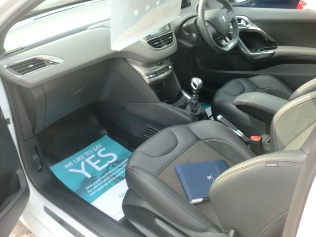 2014 Peugeot 208 1.6 THP XY 3d image 6