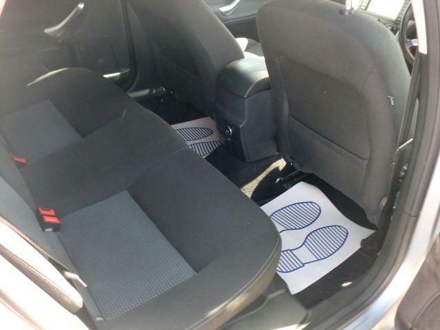 2012 Ford Mondeo 2.0 Zetec TDCI 5d image 8