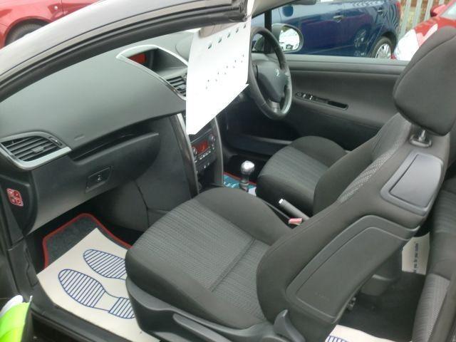 2010 Peugeot 207 1.6 CC GT 2d image 6