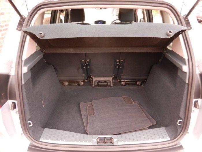2012 Ford C-MAX 1.6 Titanium 5dr image 9