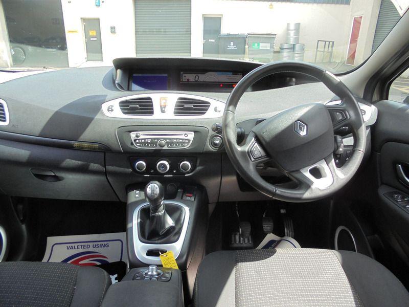 2009 Renault Grand Scenic 1.5 DCI image 9