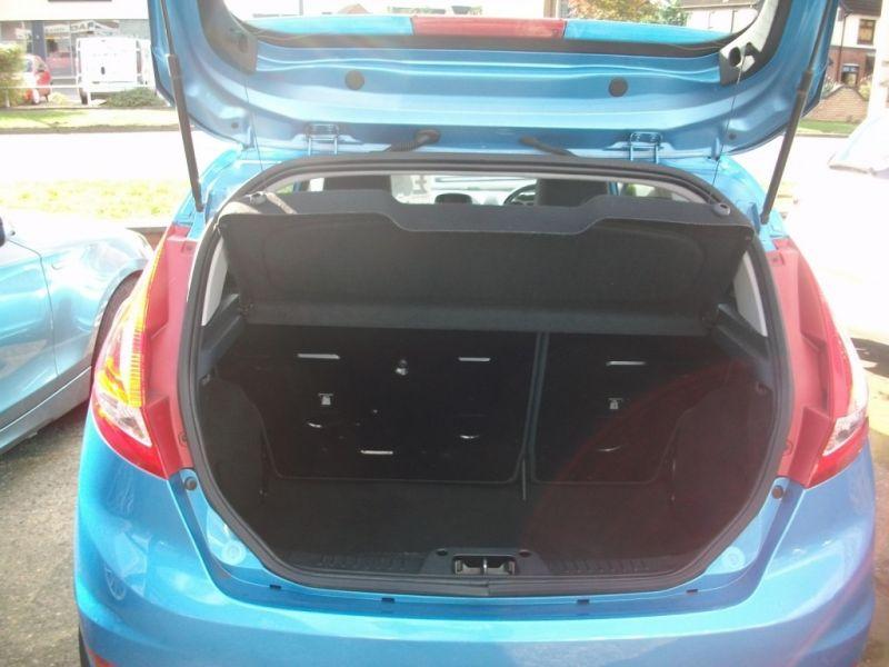 2009 Ford Fiesta 1.4 16V 3dr image 3