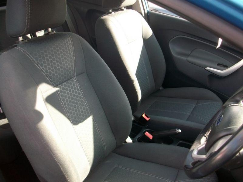 2009 Ford Fiesta 1.4 16V 3dr image 4