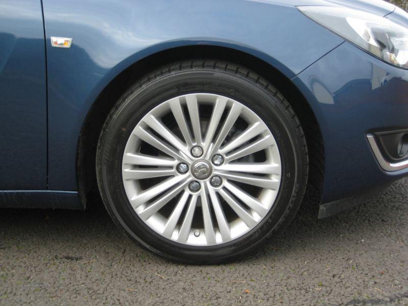 2016 Vauxhall Insignia 1.6 CDTI E image 9
