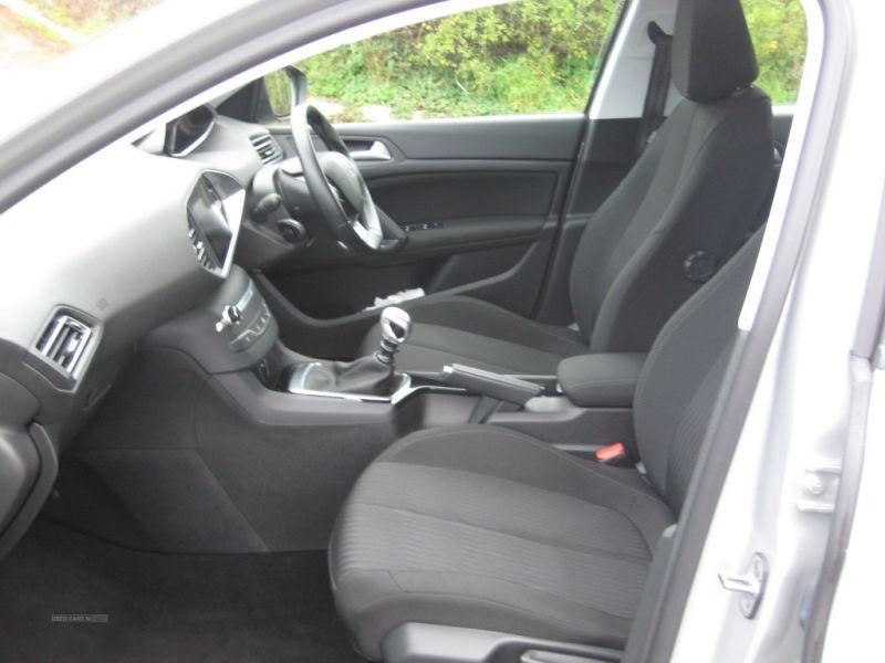 2016 Peugeot 308 1.6 SW HDI image 4