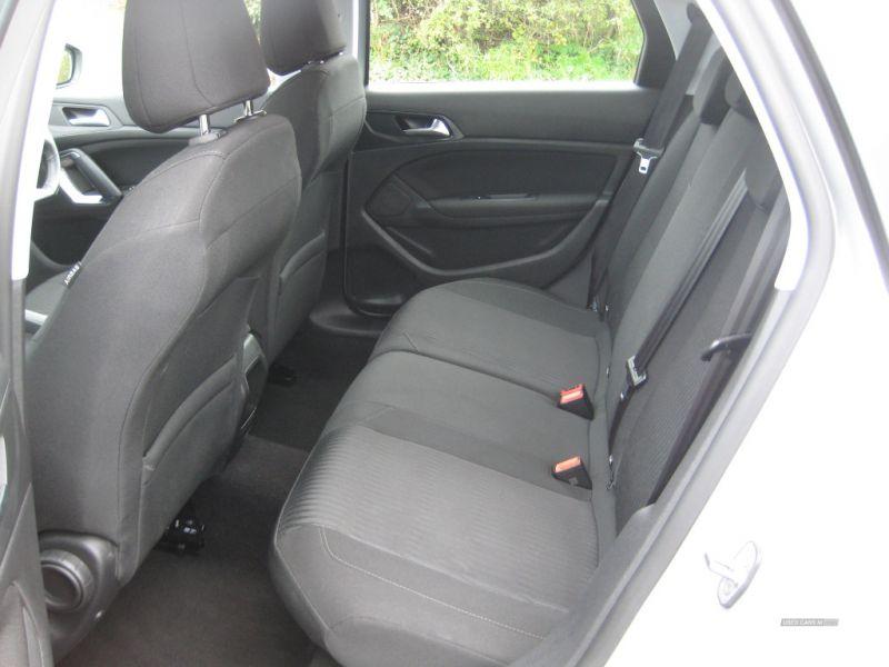 2016 Peugeot 308 1.6 SW HDI image 5