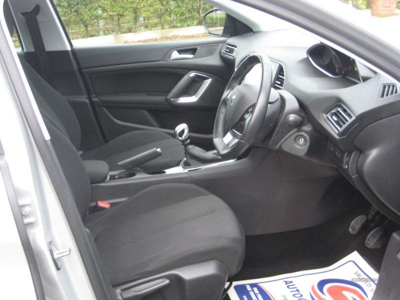 2016 Peugeot 308 1.6 SW HDI image 7