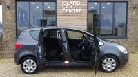 2011 Vauxhall Meriva 1.7 CDTI 16V 5dr image 2