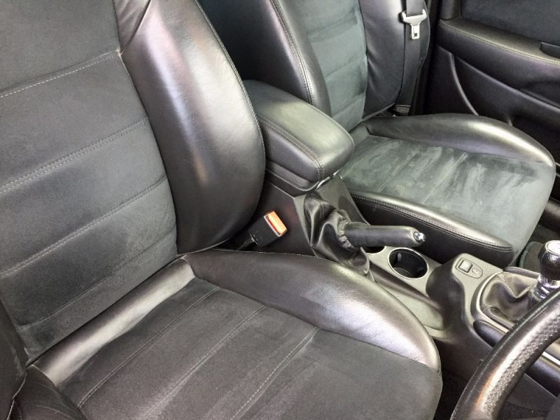 2005 Jaguar X-Type 2.5 V6 Sport 4dr image 7