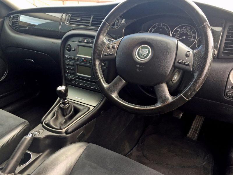 2005 Jaguar X-Type 2.5 V6 Sport 4dr image 8