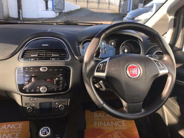 2014 Fiat Punto 1.2 3d image 7