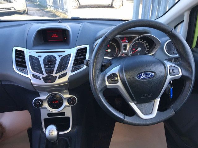 2009 Ford Fiesta 1.4 5d image 8
