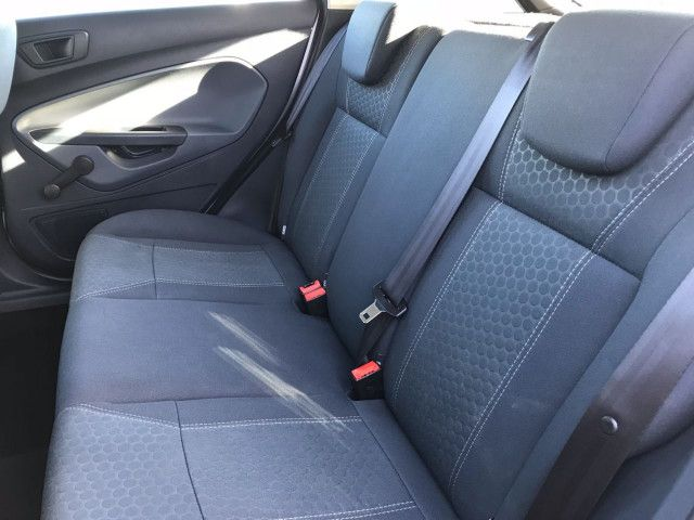 2011 Ford Fiesta 1.6 Zetec TDCI 5d image 6