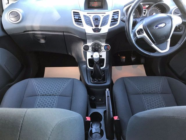 2011 Ford Fiesta 1.6 Zetec TDCI 5d image 7