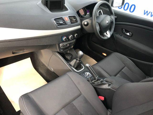 2011 Renault Megane 1.6 3d image 6