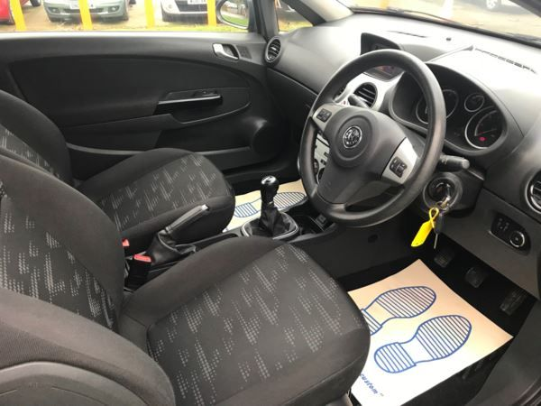 2011 Vauxhall Corsa 1.3 CDTi 3dr image 6